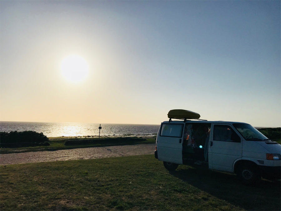 11121_BulliHoliday_entspannt-Wohnmobil-mieten-und-ans-Meer