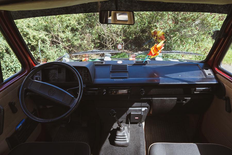 BulliHoliday Bulli Cindy mit Aufstelldach - die Fahrerkabine