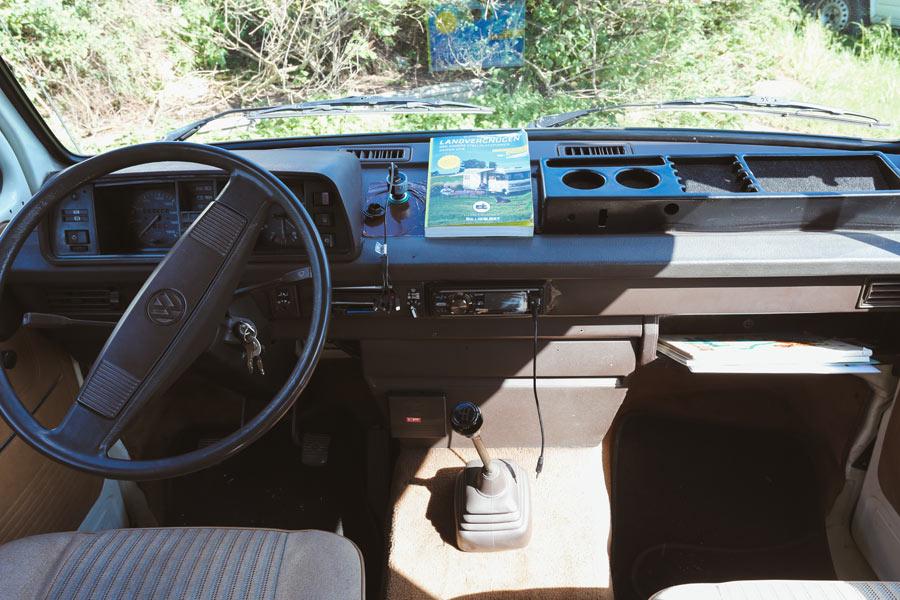 BulliHoliday Camper mieten Carmen - Fahrerkabine, Cockpit