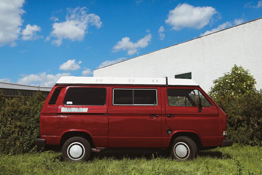 BulliHoliday Campingbus mieten Janine - Seitenansicht
