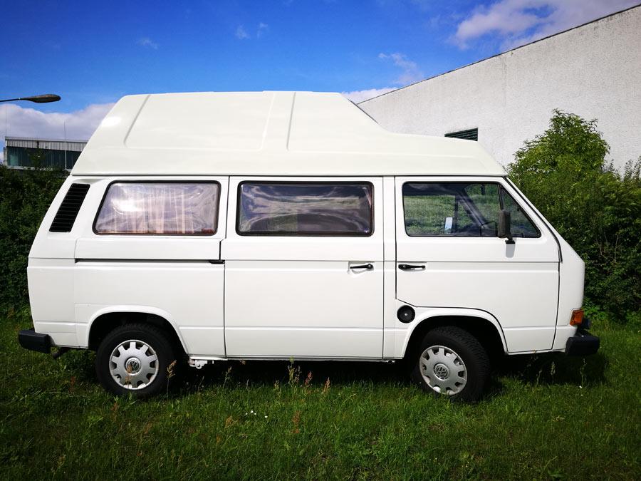 BulliHoliday Campingmobil mieten Lissy - Seitenansicht 1