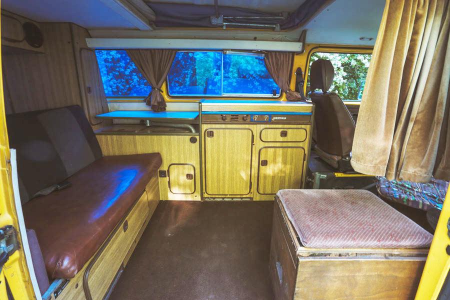 BulliHoliday VW Bus mieten Blumo - Wohnraum 1