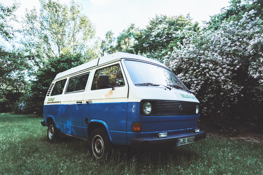 BulliHoliday VW Bus mieten Blumo - Frontansicht