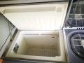 BulliHoliday VW California mieten Helga - Kompressorkühlschrank