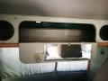 BulliHoliday VW California mieten Helga - Stauraum über hinterer Sitzbank